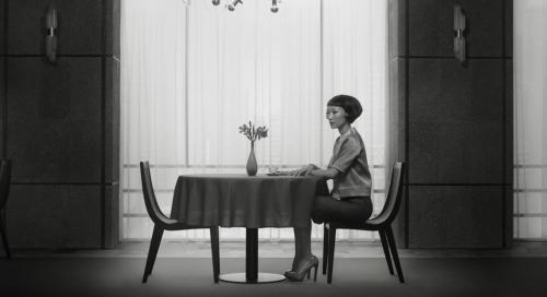 Erwin Olaf Waiting 01